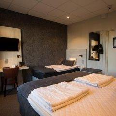 Отель Cityvandrarhemmet 2* Стандартный номер с различными типами кроватей фото 4