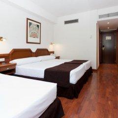 Отель Senator Barajas 4* Стандартный номер с различными типами кроватей фото 7