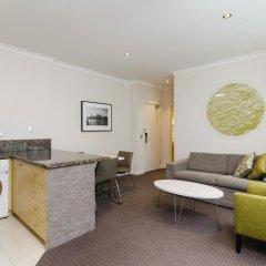 Отель Clarion Suites Gateway Люкс с различными типами кроватей фото 5