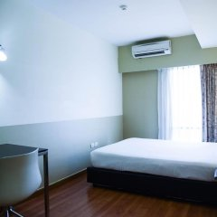 Отель Citadines Bangkok Sukhumvit 8 Бангкок сейф в номере