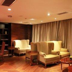 Central Hotel Shanghai 4* Улучшенный номер с различными типами кроватей фото 2