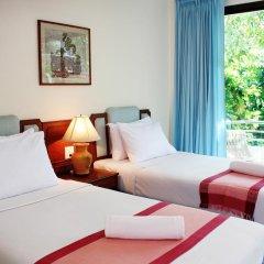 Отель Baan Pron Phateep Улучшенный номер с двуспальной кроватью фото 2