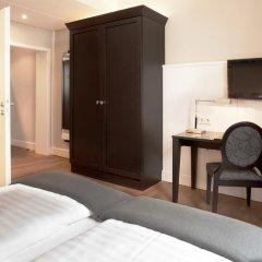 Victoria Hotel 4* Стандартный номер с двуспальной кроватью фото 6