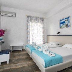Отель Gorgona 3* Стандартный номер с 2 отдельными кроватями фото 9