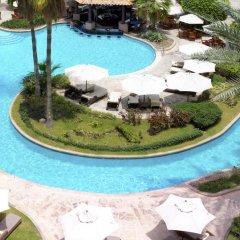 Отель The Ritz-Carlton, Dubai Улучшенный номер с различными типами кроватей фото 9