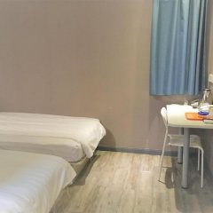 Отель Shanghai Blue Mountain Youth Hostel - Hongqiao Китай, Шанхай - отзывы, цены и фото номеров - забронировать отель Shanghai Blue Mountain Youth Hostel - Hongqiao онлайн комната для гостей фото 2