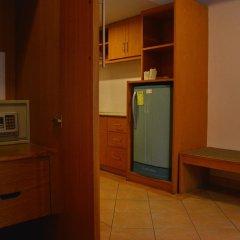 Отель Seven Oak Inn 2* Стандартный семейный номер с двуспальной кроватью фото 17