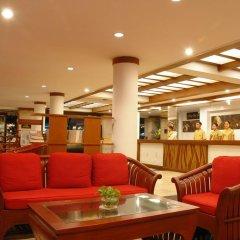 Отель Patong Bay Garden Resort гостиничный бар