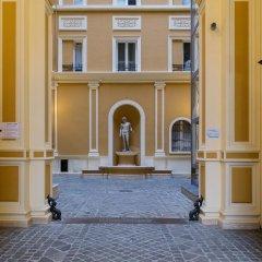 Отель Inn Rome Rooms & Suites парковка