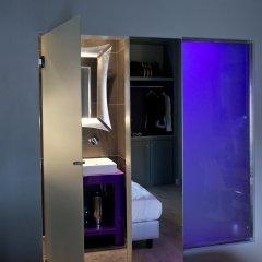Отель Torre Argentina Relais - Residenze di Charme 3* Стандартный семейный номер с двуспальной кроватью фото 9