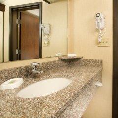 Отель Drury Inn & Suites Columbus Convention Center 3* Номер Делюкс с различными типами кроватей фото 4
