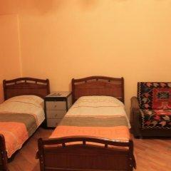 Отель Hostel Old City Sololaki Грузия, Тбилиси - отзывы, цены и фото номеров - забронировать отель Hostel Old City Sololaki онлайн комната для гостей фото 3