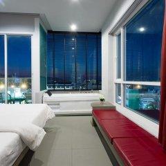At Patong Hotel 4* Номер Делюкс двуспальная кровать фото 22