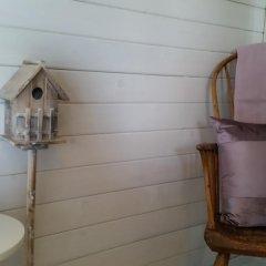 Отель The Little Hide - Grown Up Glamping Бунгало с различными типами кроватей фото 11