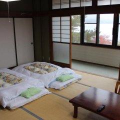 Отель Lake Side Inn Fujinami Яманакако в номере
