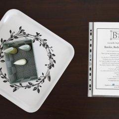 Отель Books Beds & Breakfast Стандартный номер с различными типами кроватей фото 4