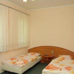 Отель Pensjonat Iskra Стандартный номер с различными типами кроватей фото 6
