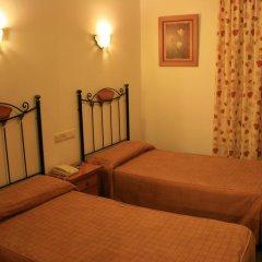 Отель Hostal San Andres Стандартный номер с различными типами кроватей