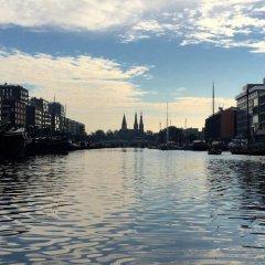 Отель Houseboat Westerdok Нидерланды, Амстердам - отзывы, цены и фото номеров - забронировать отель Houseboat Westerdok онлайн пляж