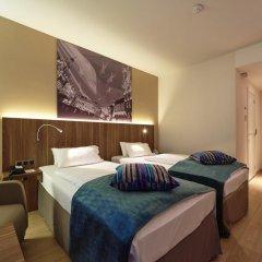Отель Holiday Inn Schumann 3* Стандартный номер фото 5