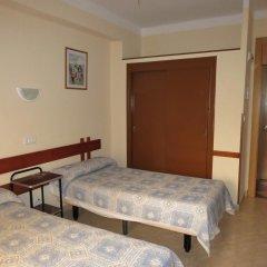 Отель Hostal Guillot Стандартный номер фото 4