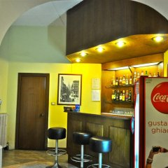 Отель Vecchia Milano Италия, Милан - 5 отзывов об отеле, цены и фото номеров - забронировать отель Vecchia Milano онлайн гостиничный бар фото 2