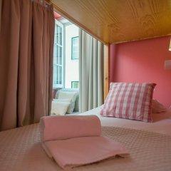 Passport Lisbon Hostel 2* Кровать в женском общем номере фото 13