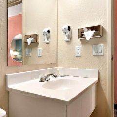 Отель Super 8 Effingham 2* Стандартный номер с различными типами кроватей фото 2