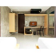 B2 Phuket Hotel 3* Улучшенный номер с 2 отдельными кроватями фото 4
