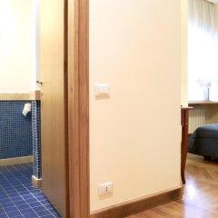 Отель Domus Cavour 3* Стандартный номер с двуспальной кроватью фото 16