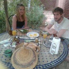 Отель Maroc Galacx Марокко, Уарзазат - отзывы, цены и фото номеров - забронировать отель Maroc Galacx онлайн питание фото 2
