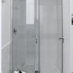 Отель Safestay Madrid ванная