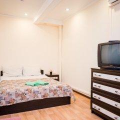 Мини-отель Столица Стандартный семейный номер разные типы кроватей фото 5