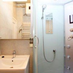 Гостиница TVST Apartment Nizhnaya в Москве отзывы, цены и фото номеров - забронировать гостиницу TVST Apartment Nizhnaya онлайн Москва ванная