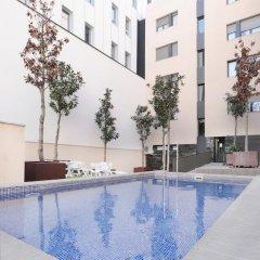 Отель Hva Augusta Garden Apartments Испания, Барселона - отзывы, цены и фото номеров - забронировать отель Hva Augusta Garden Apartments онлайн бассейн фото 3