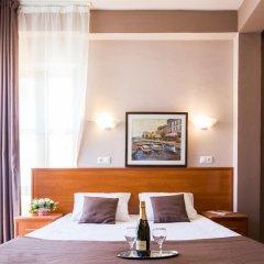Гостиница Радужный 2* Стандартный номер с двуспальной кроватью фото 14