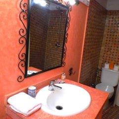 Отель Riad A La Belle Etoile 3* Стандартный номер с различными типами кроватей фото 5