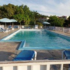 Отель Montego Bay Club Resort Ямайка, Монтего-Бей - отзывы, цены и фото номеров - забронировать отель Montego Bay Club Resort онлайн бассейн