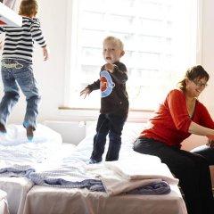 Отель Danhostel Copenhagen Bellahøj Стандартный номер с различными типами кроватей фото 4