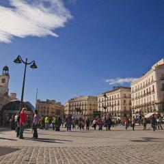 Отель Puerta del Sol Rooms спортивное сооружение