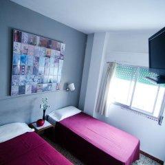 Отель Málaga Inn 2* Стандартный номер с различными типами кроватей (общая ванная комната) фото 6