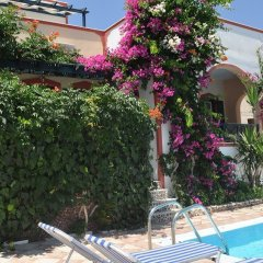 Отель Studios Irineos Греция, Остров Санторини - отзывы, цены и фото номеров - забронировать отель Studios Irineos онлайн бассейн