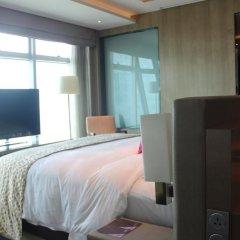 Wongtee V Hotel 5* Улучшенный люкс с различными типами кроватей фото 8