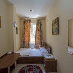 Mini Hotel YEREVAN 3* Стандартный номер двуспальная кровать (общая ванная комната) фото 2