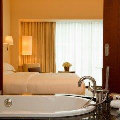 Отель Park Hyatt Zurich 5* Номер с двуспальной кроватью фото 5