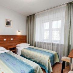 Гостиница Волга 2* Номер Эконом с 2 отдельными кроватями фото 4
