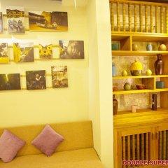 Vinh Hung Library Hotel 3* Улучшенный номер фото 2