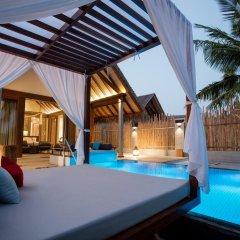 Отель Furaveri Island Resort & Spa 5* Вилла Garden с различными типами кроватей фото 6