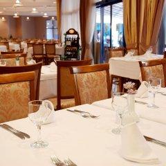 Отель Grifid Arabella Hotel - Все включено Болгария, Золотые пески - отзывы, цены и фото номеров - забронировать отель Grifid Arabella Hotel - Все включено онлайн питание фото 2