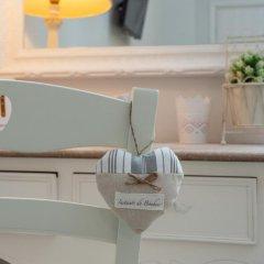 Отель B&B Vatican's Keys 3* Стандартный номер с двуспальной кроватью (общая ванная комната)